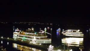 Carillonchristmasships